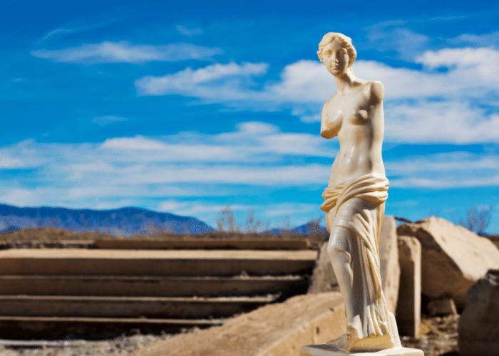 Venus: Venus: The Roman Goddess of Love